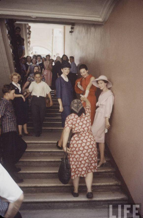 56f03570ff6a Christian Dior  первый визит в СССР в 1959 году
