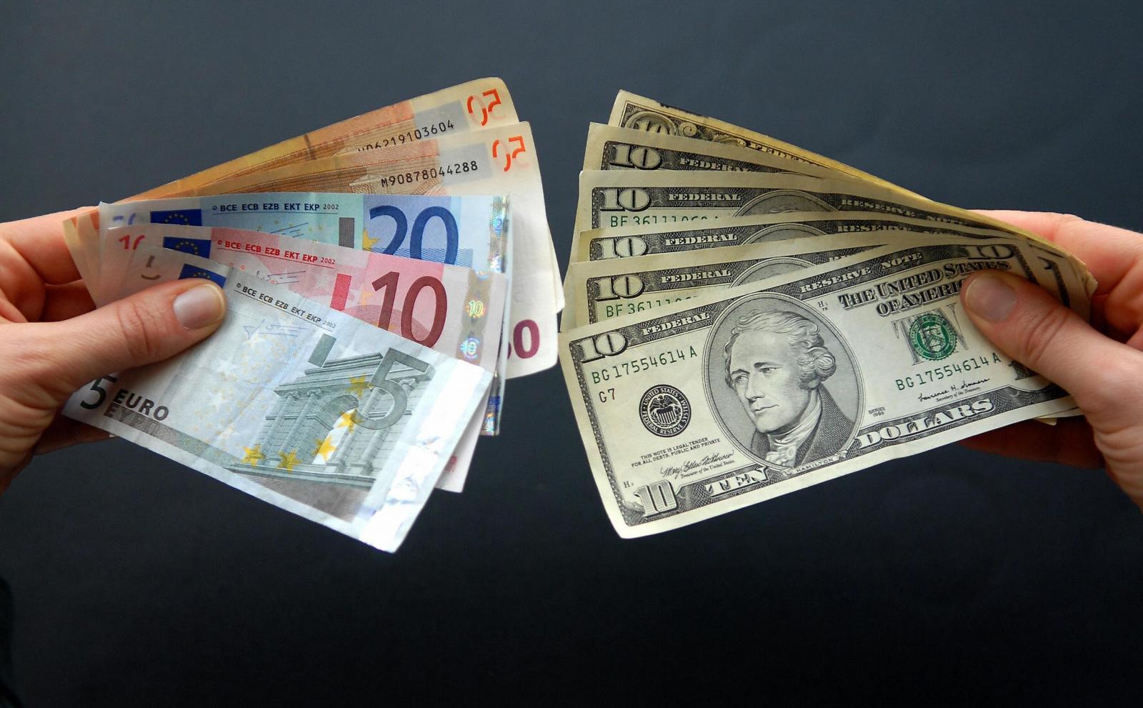Какова обстановка с валютой в россии